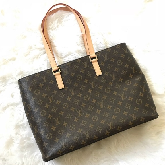 Louis Vuitton Handbags - Authentic Louis Vuitton Luco Tote Bag 0f7435f391
